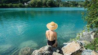 Topless: peut-on bronzer seins nus en Valais?
