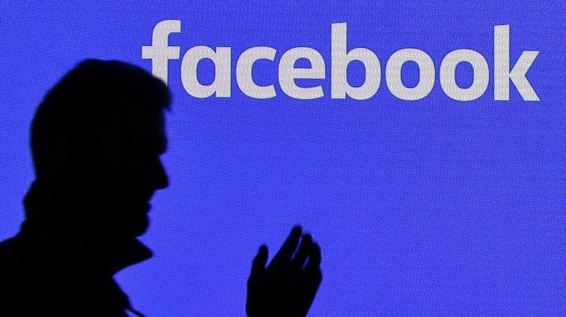Respect de la vie privée: Facebook suspend des dizaines de milliers d'applications