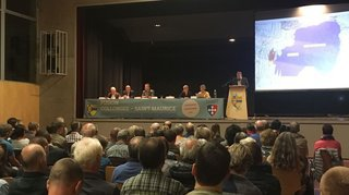 120 personnes à Collonges pour débattre de fusion