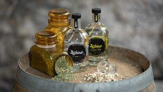 Alcool: le gin produit en Suisse gagne en popularité