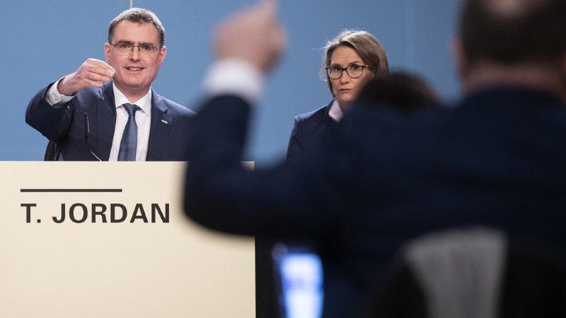 La Banque nationale suisse conserve le statu quo monétaire et rappelle l'importance des taux négatifs