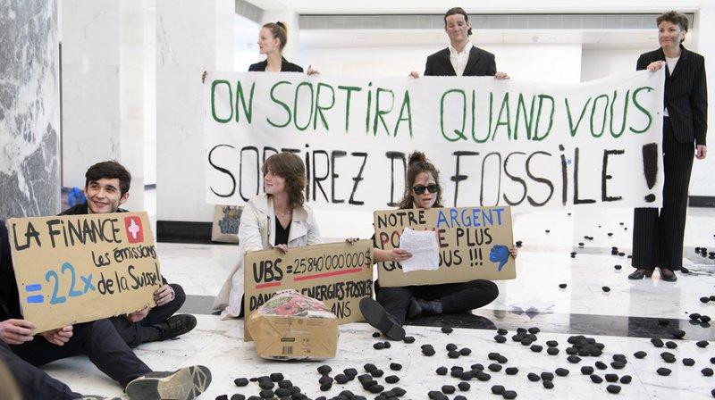 Lausanne: des activistes climatiques ont mené une nouvelle action à l'UBS