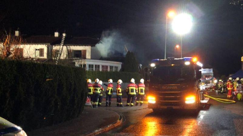 Maison en feu à Zufikon (AG): un mort