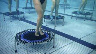 Anzère: l'aquatrampoline, sport en vogue