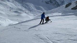 Inauguration à Verbier du premier ski-bob pour les personnes à mobilité réduite