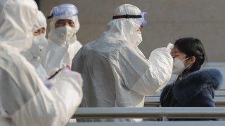Coronavirus: le bilan grimpe à 80 morts, étrangers en attente d'évacuation