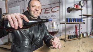 Après la collerette anti-goutte, Bertrand Zufferey invente une capsule biodégradable